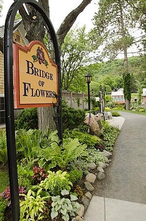 Bridge of Flowers (bridge) - Image: Bridge Flowers, 18 Water Street, Shelburne Falls, MA 01370, USA panoramio
