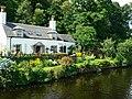 Bridge keeper's cottage, Crinan Bridge - geograph.org.uk - 922467.jpg