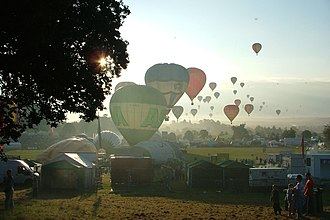 Bristol International Balloon Fiesta - A 6am mass ascent