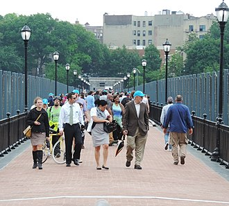 High Bridge (New York City) - Reopening day, June 9, 2015. Bronxites arrive for the opening ceremony