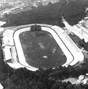 Vélodrome de Vincennes - View of the velodrome as it looked around the turn-of-the-century (1900)