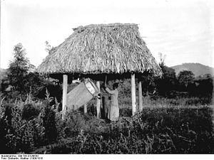 Ngoma drums - Ngoma drum in German East Africa in 1906