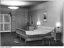 Schlafzimmer  Schlafzimmer – Wikipedia