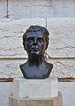Bust de Francesc Mora i Berenguer al mercat de Colom, València.JPG