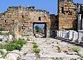 Byzantine Gate, Hierapolis wza.JPG
