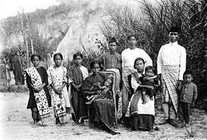 Toba Batak people - A newly converted Christian Toba family in Tapanoeli.