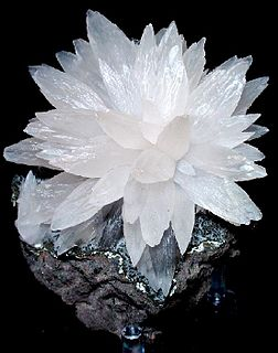 Calcite carbonate mineral
