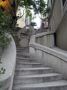 Camondo-stairs-in-Istanbul.jpg