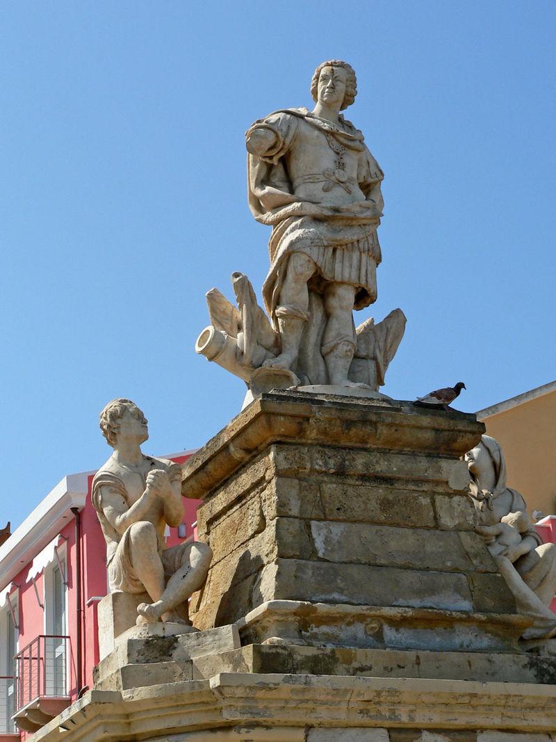 Statua di Carlo Emanuele III