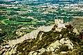 Castelo dos Mouros na Serra de Sintra Cascais.jpg