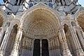 Cathédrale Notre-Dame (42746142060).jpg