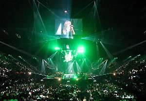 "Taking Chances World Tour - Dion's ""in the round"" staging used for arenas in Europe and North America"