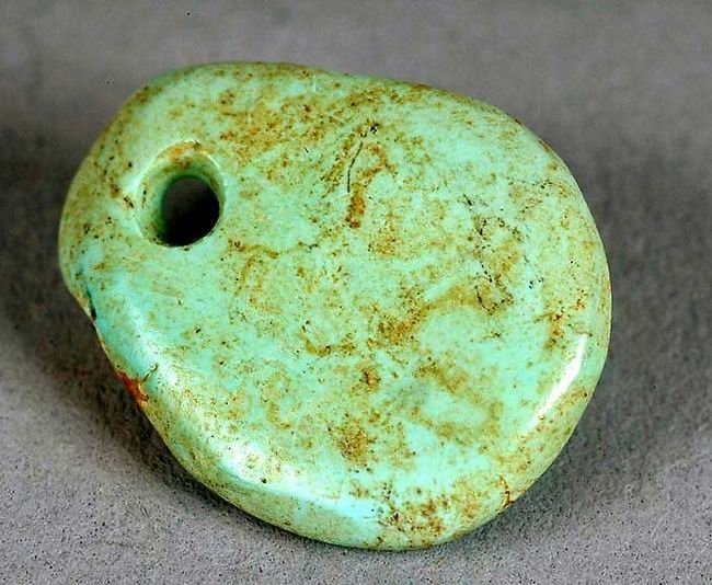 Chacoan turquoise pendant