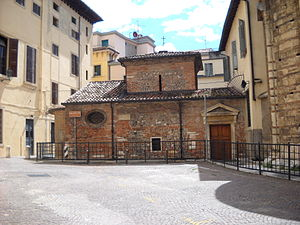 Santi Apostoli, Verona - Small church of Sante Teuteria e Tosca