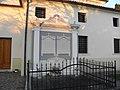 Chiesa di San Giovanni Battista, monumento funebre (Biancade, Roncade).jpg