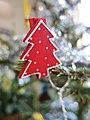 Christmas tree decoration (8334152052).jpg