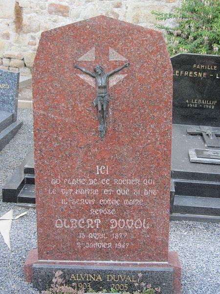 Cimetière du Mont-Saint-Michel, tombe d'Albert Duval