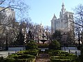 City Hall Park in winter from south with City Hall and Municipal Building.jpg