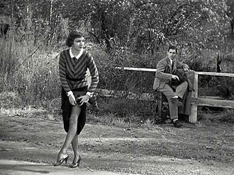 It Happened One Night - The hitchhiking scene
