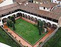 Claustre del Museo dell'Opera del Duomo des de la torre, Pisa.JPG