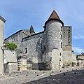 Cognac 16-Fontaine F-1er&tourelle sud.JPG