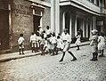 Collectie Nationaal Museum van Wereldculturen TM-60061926 Straatbeeld San Juan Puerto Rico fotograaf niet bekend.jpg