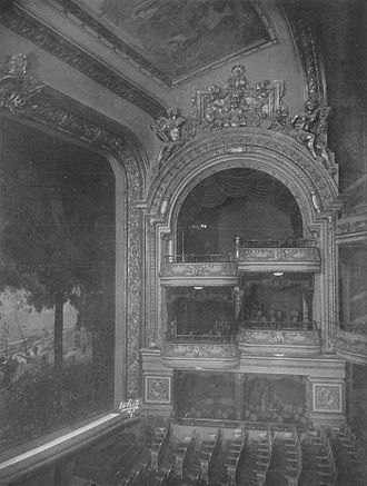 Columbia Theatre (New York City) - Interior of the theater in 1910