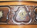 Commode cintrée style Louis XV, 18e, godron, coquille, fleur, feuillage 3.JPG
