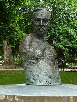 Conde de Latores (Oviedo) (2).jpg