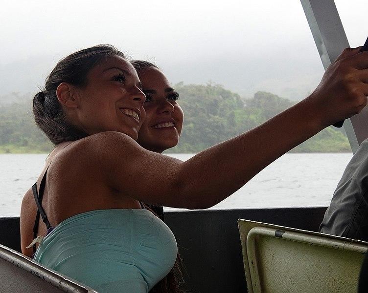 File:Costa Rica DSCN6055-new (30308638104).jpg