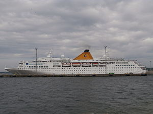 Costa Voyager Port Side Tallinn 11 June 2013.JPG