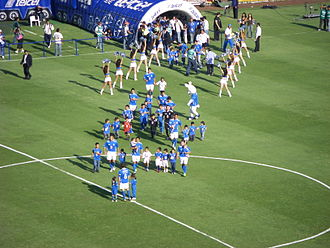 Cruz Azul - Running the team of Cruz Azul before the game against Atlante on 28 February 2009.