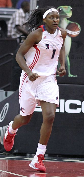 Washington Mystics - Crystal Langhorne in 2011