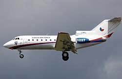 Czech air force yak 40 arp.jpg