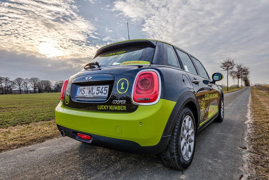 Dülmen, Dernekamp, BMW Mini -- 2018 -- 1545-51.jpg
