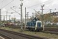 Düsseldorf Hbf ex-DB 261 671 in oude Turquoise en Beige kleurstelling (26370269120).jpg