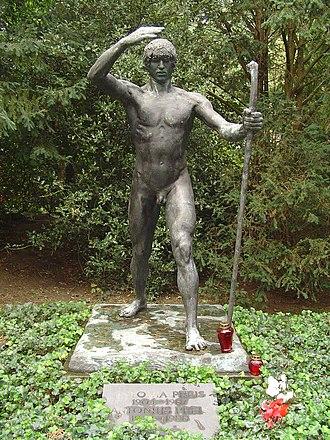 Paul Landowski - Image: D Nordfriedhof 15