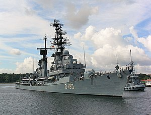 Destroyer Lütjens 2003 in Kiel