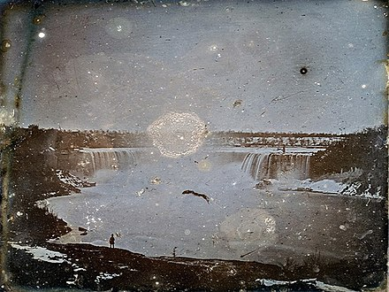 Hugh Lee Pattinson's daguerreotype of the Niagara Falls (left-right inverted), the first known photograph of them, circa 1840 Daguerrotype of Niagara Falls by Hugh Lee Pattinson 1840.jpg