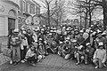 Danny de Munk opent samen met 100 Amsterdamse lieverdjes vijf 'Wobbels' op de So, Bestanddeelnr 933-2786.jpg