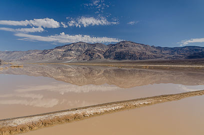Death Valley exit SR190 view Panamint Butt flash flood 2013.jpg