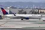 Delta Air Lines, Boeing 767-332(ER), N1613B (22755074359).jpg