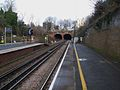Denmark Hill stn Southern platforms look east3.JPG