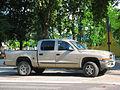 Dodge Dakota SLT Crew Cab 4x4 2003 (12578606124).jpg