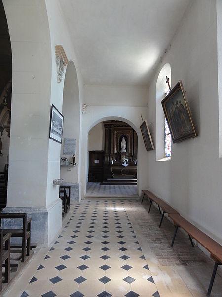 Dohis (Aisne) église, nef de droite