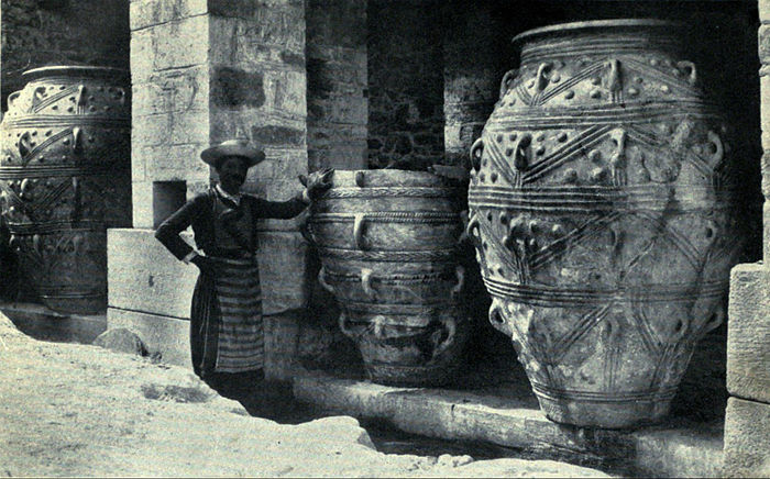 EB1911 Crete - Palace of Cnossus - Large Oil-Jars in East Magazines.jpg
