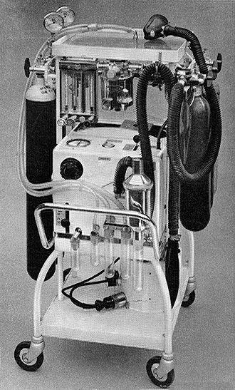 Medical ventilator - Image: East Radcliffe Respirator Wellcome L0001305