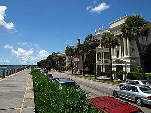 Charleston Historic District - Image: East Battery Street Charleston Aug 2010