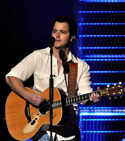 Picture of a band or musician: Easton Corbin