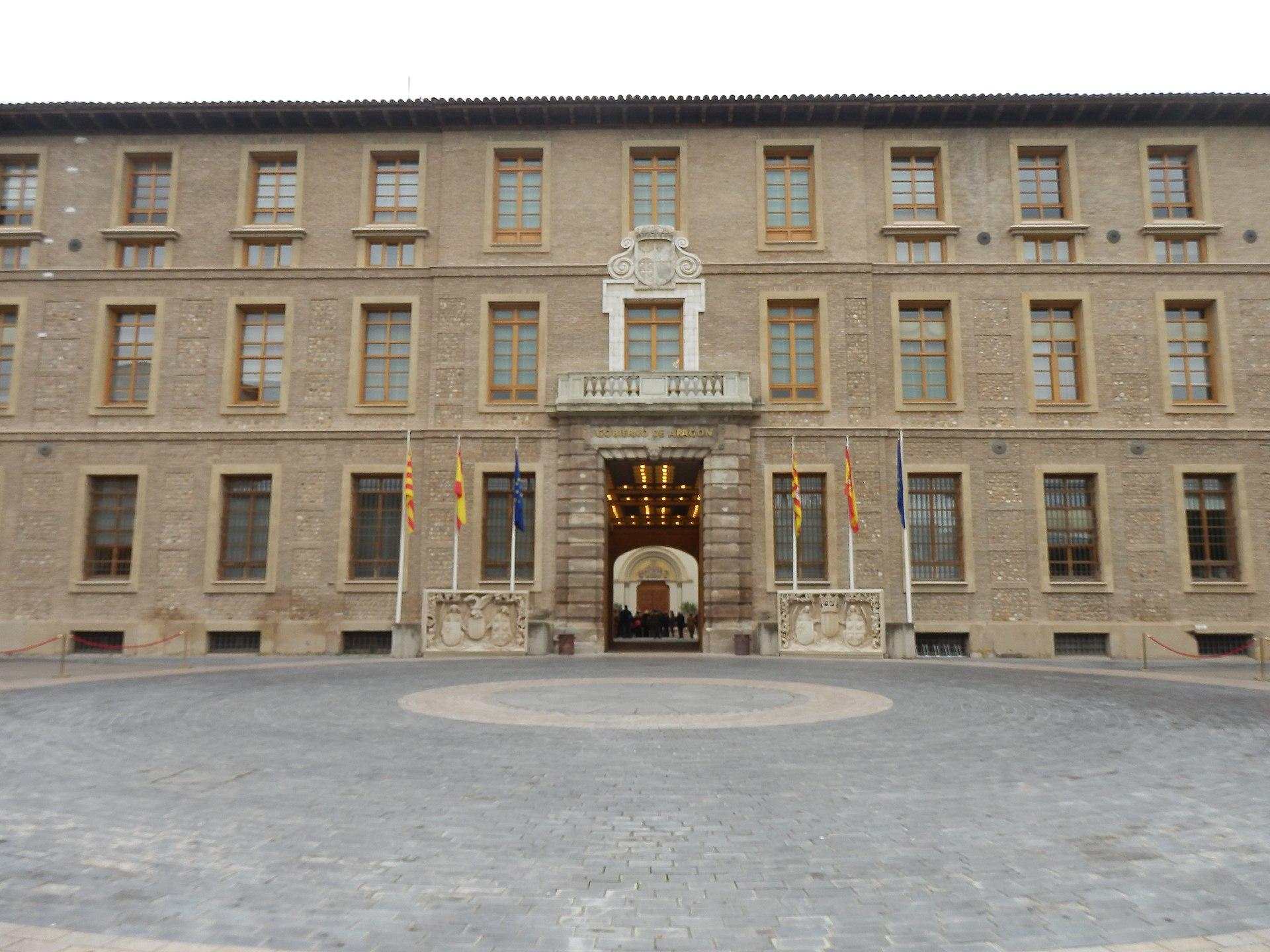 Real casa de la misericordia zaragoza wikipedia la for Casa actual